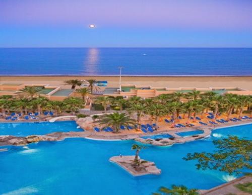 Hoteles para ni os costa de almer a viajacontuhijo son for Hoteles en motril con piscina