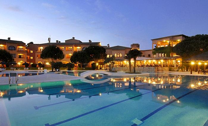 vacaciones-familias-monoparentales-La-Costa-Golf-Beach-Resort