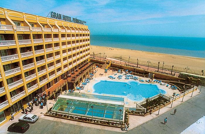 vacaciones-monoparentales-gran-hotel-peñiscola