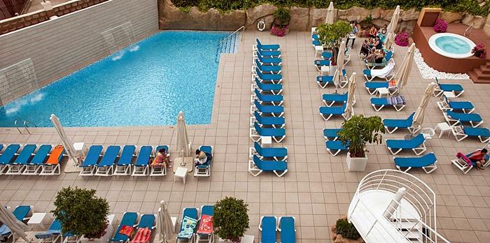 vacaciones-para-familias-monoparentales-hotel-victoria