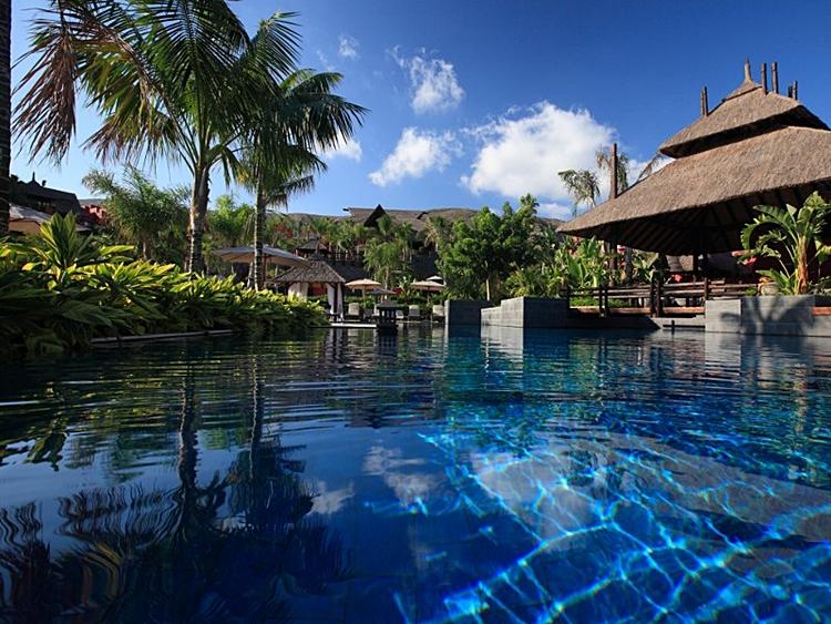 Los mejores hoteles de playa para viajar con ni os viajacontuhijo son vacaciones monoparentales - Hoteles con piscinas para ninos ...