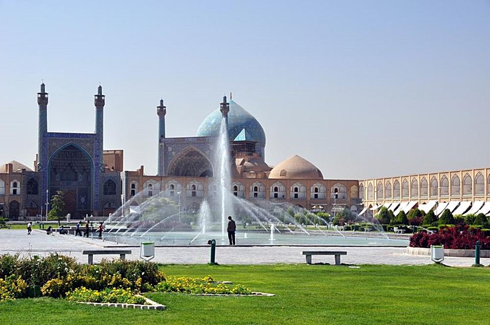 Isfahan-viajes-familias-monoparentales-ofertas-lugares-disney