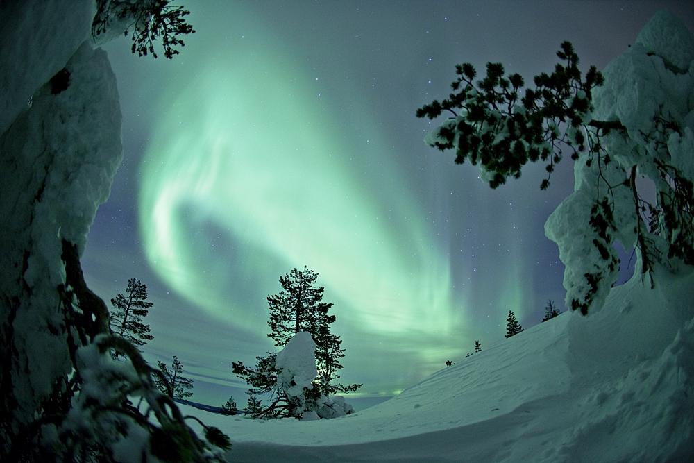 vacaciones-familias-monoparentales-aurora-boreal-movil