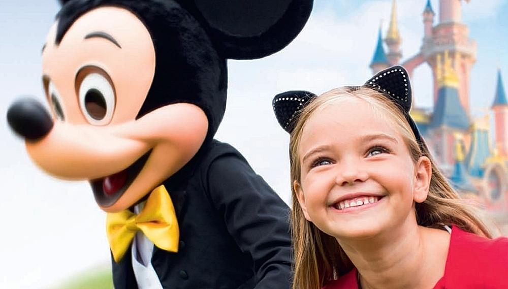 viajes-monoparentales-con-niños-destinos-magicos-niños-disney