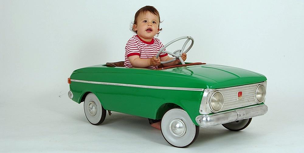 viajes-familias-monoparentales-viajar-con-niños-en-coche