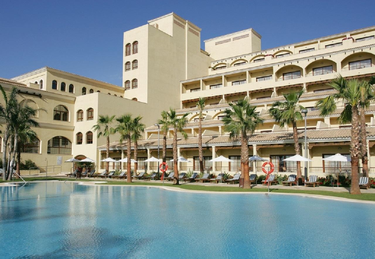 piscina-exterior-hotel-vincci-seleccion-envia-almeria
